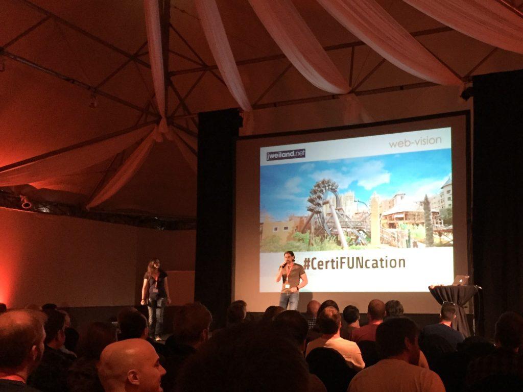 Begrüßung zum TYPO3 Alumni #CertiFUNcation Day im Phantasialand Brühl