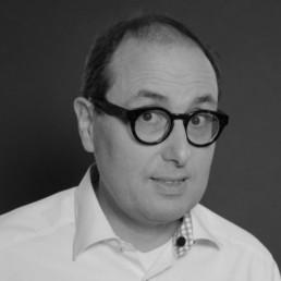 Hans-Jürgen Schwarzer, Geschäftsleitung, Ansprechpartner Business Unit Development, hjs@schwarzer.de, +49 (0) 6131 – 3 02 92-13